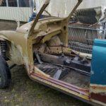 Te koop ;Project de Vw 1303 cabriolet body deels gelast , geen deuren en kleppen,geen dakframe… sedan onderstel….niet compleet!!!! €1500.- 0547 261515 (klik hier)